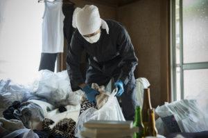 ごみ屋敷作業